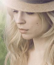 .:Melanie:.