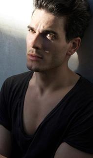 Aron Duane