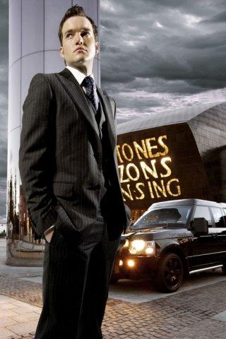 Янто Джонс`1