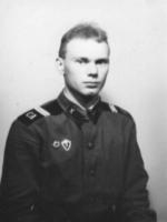 Александр Коломзаров