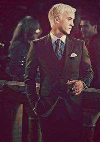 Draco Malfoy (x)