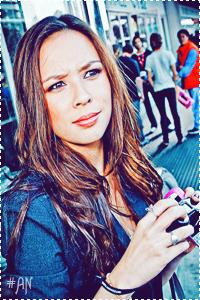 Anna Harris