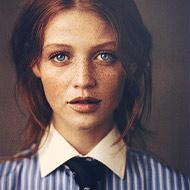 Вероника Кэролл