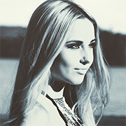 Stella Larsson